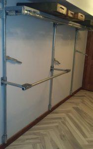 Container closet rods